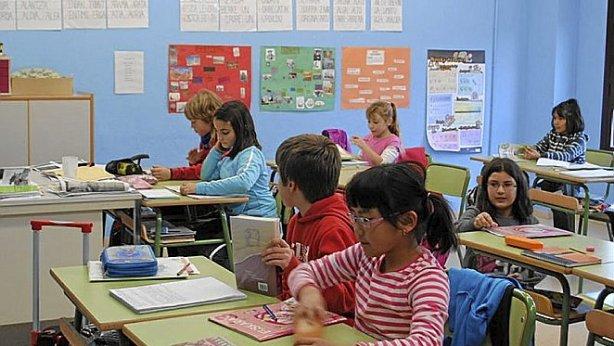 Varios alumnos de Ibaialde Ikastola, en una clase del centro.